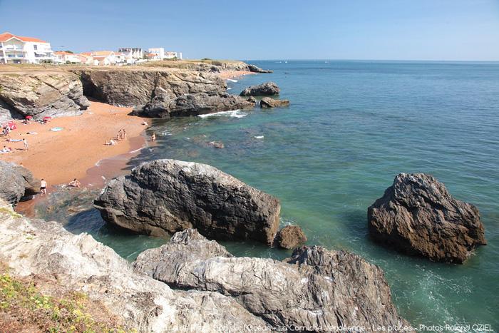 Camping avec emplacement accès direct plage Saint Hilaire de Riez