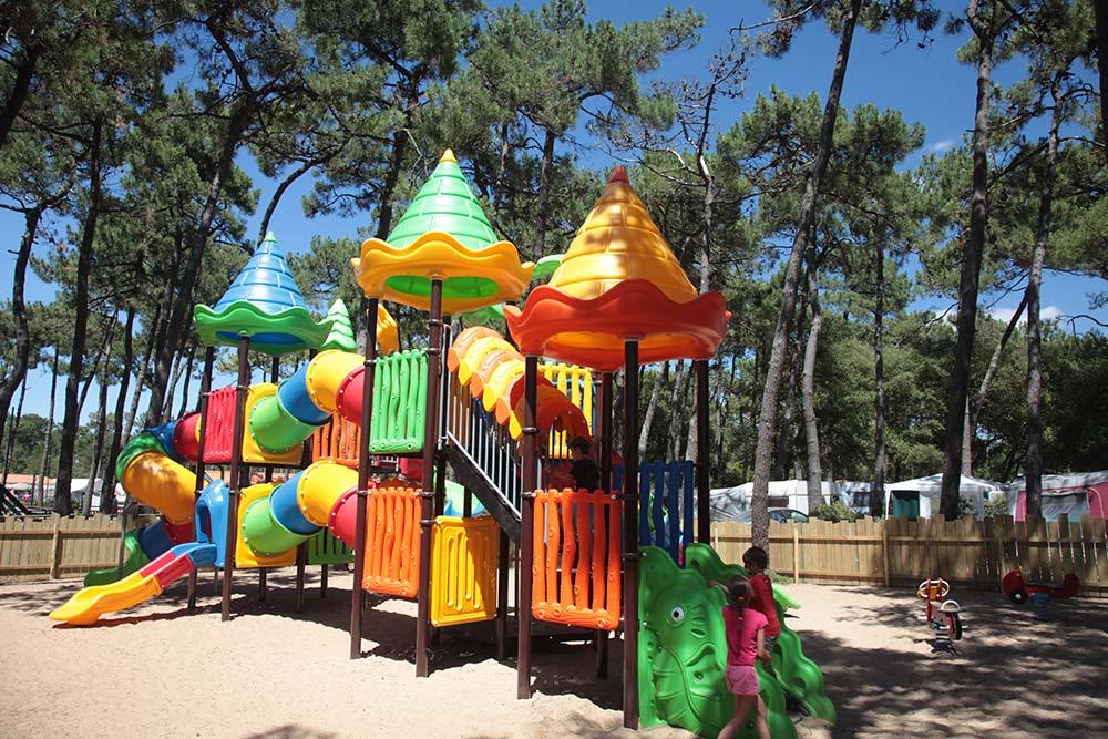 aire de jeux du camping près de St Gilles Croix de Vie
